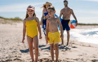 Dzieci na plaży w Ustce