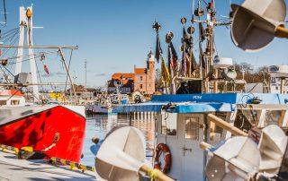 Ustka port rybacki opowieści na fali